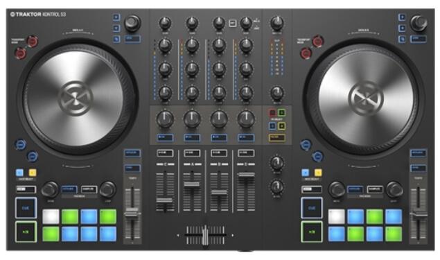 Traktor Kontrol S3 DJ controller