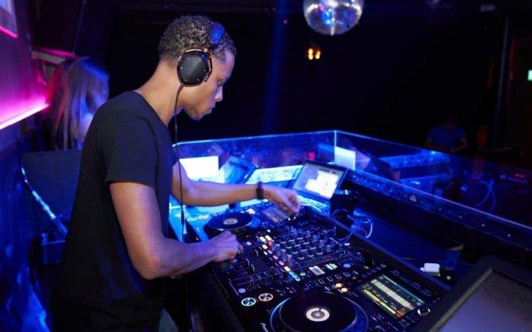 15 of the Best Music Download websites for DJs