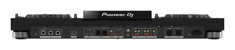 Pioneer DJ XDJ-XZ (rear view)