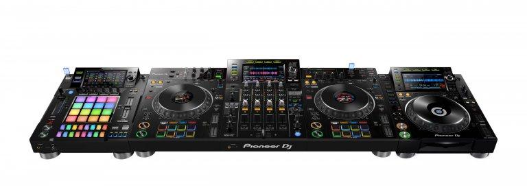 Pioneer DJ XDJ-XZ (4-channel setup)