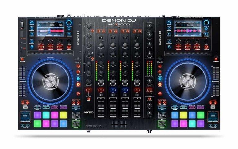 Denon DJ MCX8000 (birds-eye view)